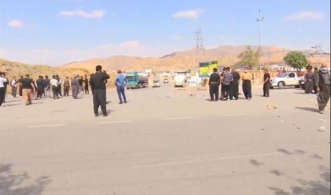 مشکل تانکرهای سوخت مرز باشماق حل شد / اجازه ورود کامیون های اقلیم کردستان به ایران